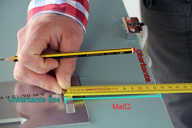 Maß von Spiegeloberkante zur Unterkante der Öse ermitteln