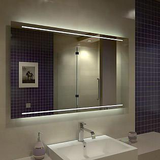 Der LED-Badspiegel mit eleganten Lichtstreifen oben und unten sorgen für eine besondere Optik.